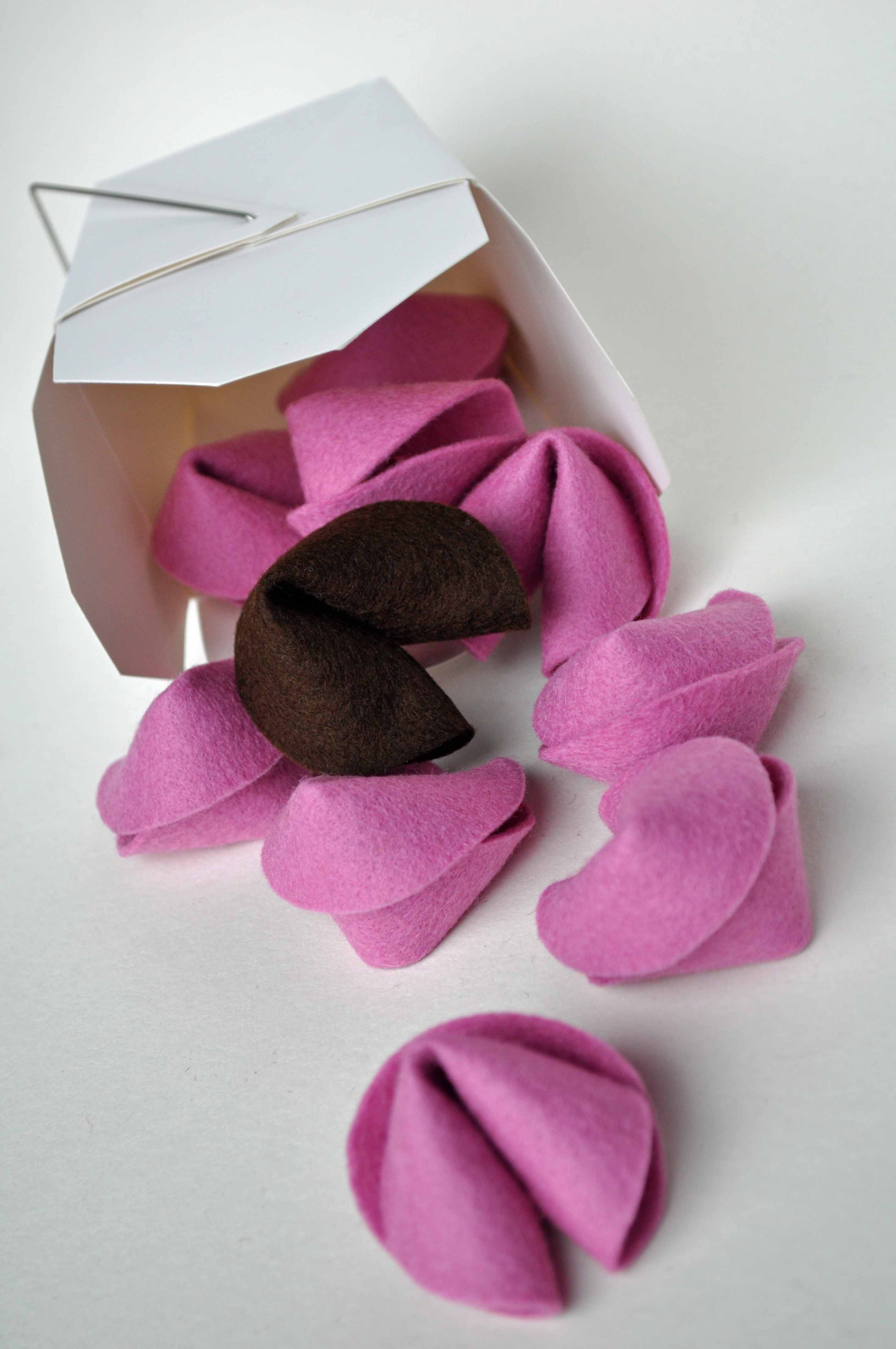 How to Make Felt Fortune Cookies - Curly Birds