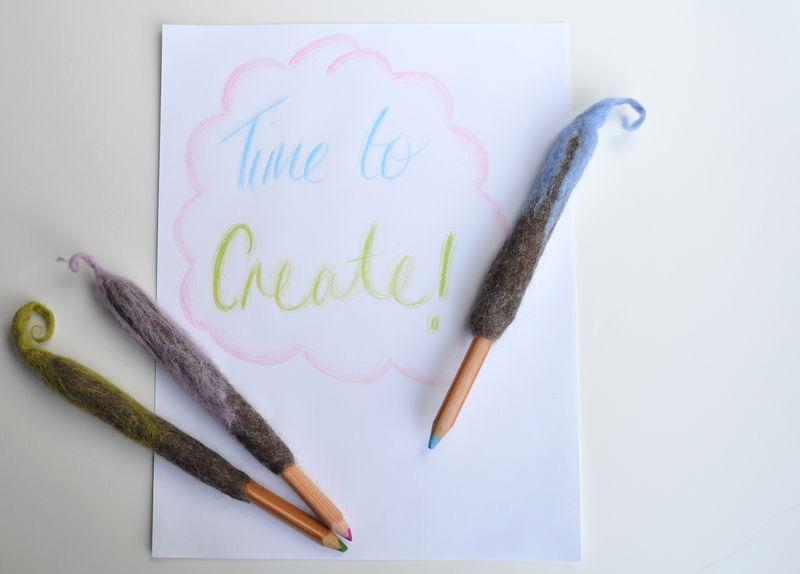 Twirly Pencil Cozy 6 by Curly Birds